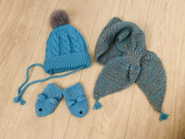 Комплект шапка шарф и варежки