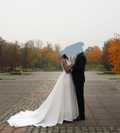 Suknia ślubna z trenem z Atelier vie de château