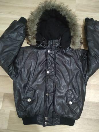 Бомбезная осенне зимняя куртка 128-134 р.