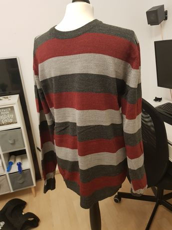 Sweter męski M paski