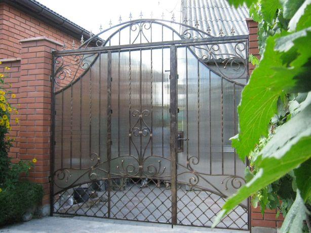 Ворота из профнастила и кованные. Двери металлические, перила, ограды.