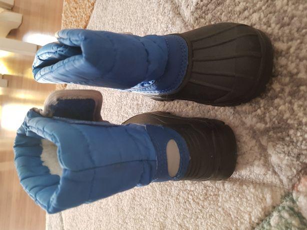 Zimowe buciki. Śniegowce rozmiar 23 NOWE