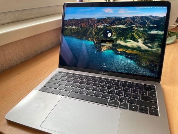 MacBook Pro 13, 2017, A1708. 47 циклів перезаряду, замінена клавіатура