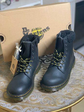 Новые кожаные зимние ботинки dr. martens оригинал