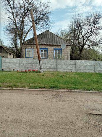 Продам дом в Новокраснянке