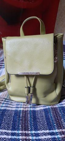 Рюкзак женский кожаный зелёное Яблоко