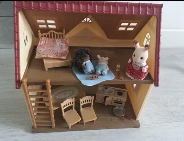 Domek Sylvanian Families+figurki