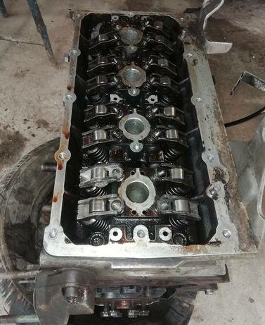 Двигун AZD 1.6v16 vw golf 4 vw bora