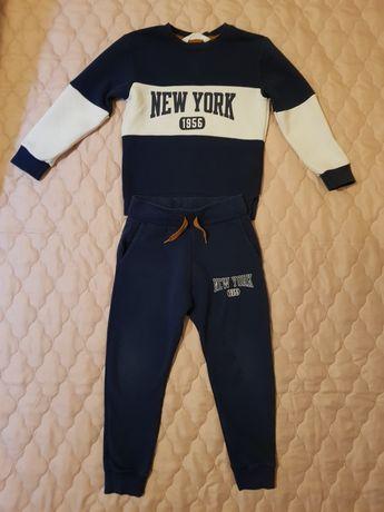 Komplet bluza i spodnie dresowe firmy H&M rozm 110/116