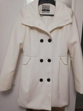 Płaszcz Biały Bershka