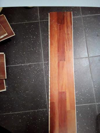 Deski podłogowe remontuję dom