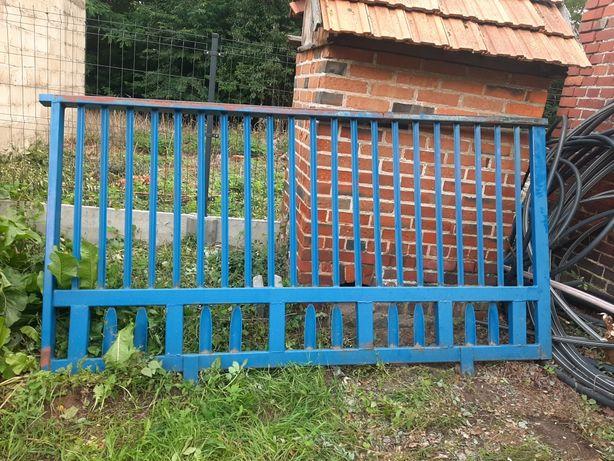 Brama przesuwna z rolkami, wjazdowa, 268cmx135cm, stan Bdb. Masywna