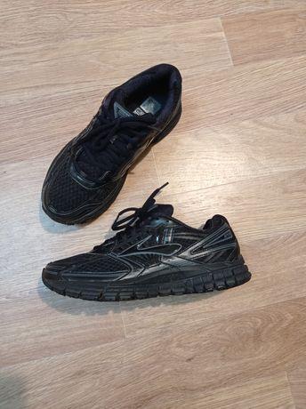 Brooks 42р кроссовки