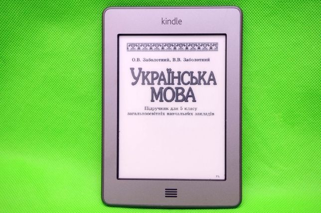 Электронная книга Amazon Kindle Touch E-Ink Pearl сенсонрая !