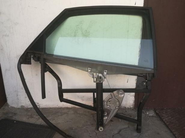 Продам дверные рамки, тросики, стекла моторчики замки на Ауди а6с5