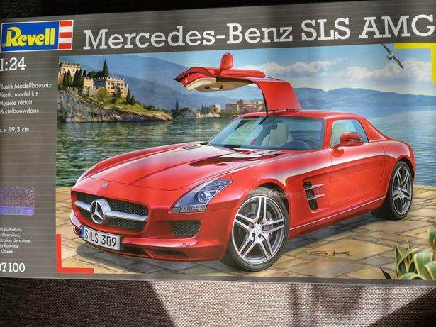 Revell 07100 Mercedes-Benz SLS AMG 1:24