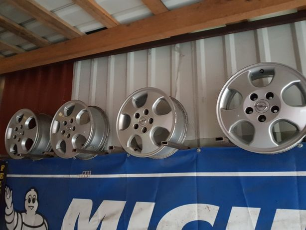 Felgi Aluminiowe Opel R15 5x110 ET49 6J