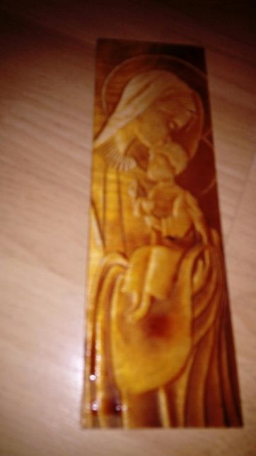 Rzeźba drewniana Maryja z Jezusem