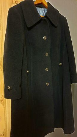 Пальто стильное 52-54 размер(осень-весна)