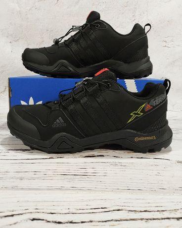 Зимние кроссовки на меху Адидас Adidas Gore-Tex зима мех 42 43 44 45