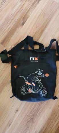 Czarna torba sportowa FitX jak nowa