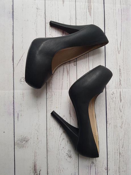 Buty pantofle czółenka na obcasie platforma rozmiar 40