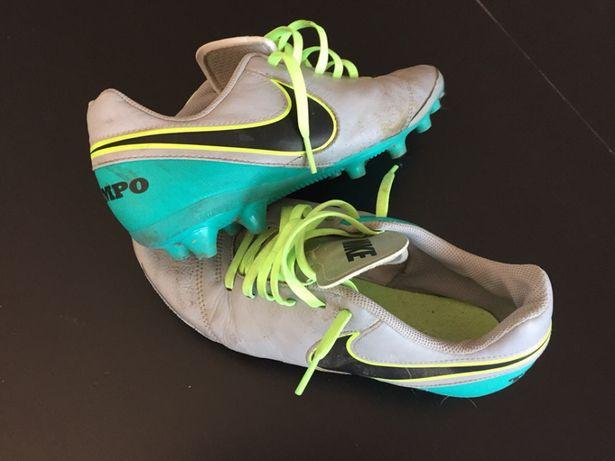 Chuteiras Nike Tempo AG