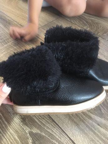 Ботинки Угги осенние Zara для мальчика для девочки