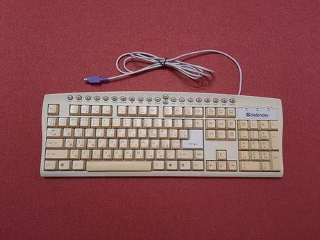 Клавиатура defender в рабочем состоянии
