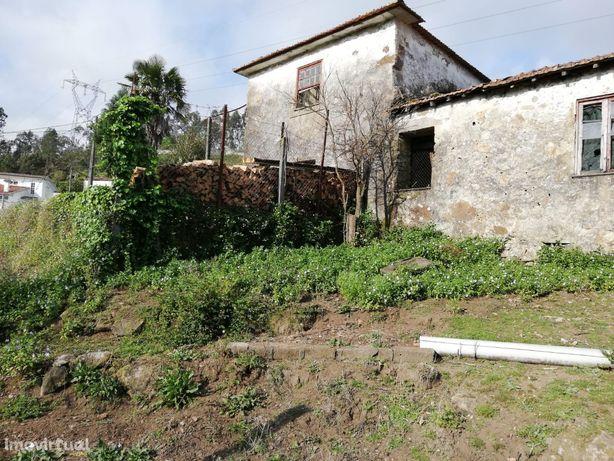 Casa Isolada para Restauro