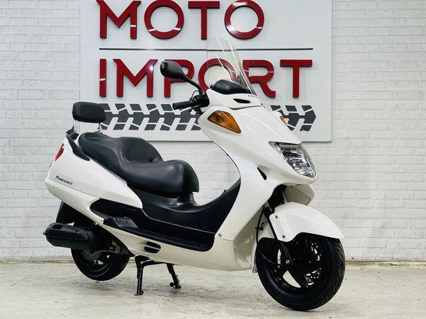 Макси скутер в КРЕДИТ Honda Foresight 250cc только из Японии+шлем