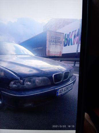 Продам очень срочно BMW E39