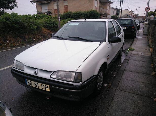 Renault 19 Storia