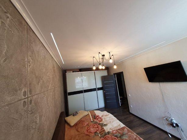 1 кім з ремонтом , меблями та технікою по вул. Дудаєва
