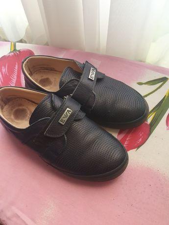 Туфли на мальчика 33р кожа