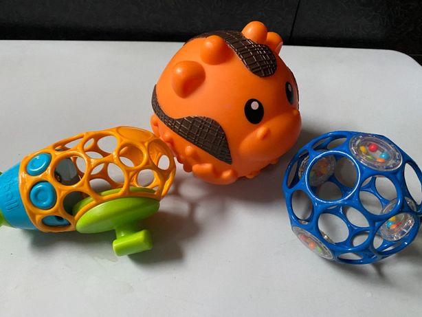 Лот детских развивающих игрушек oball оригинал мягкие мячи.