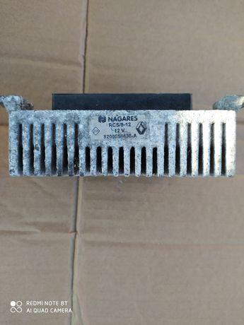 Продам блок управления на рено меган 2-3NAGARES RCS/8-12V б. У в робо.
