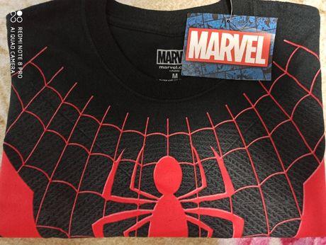Оригинальная футболка Spider man .От компании Marvel