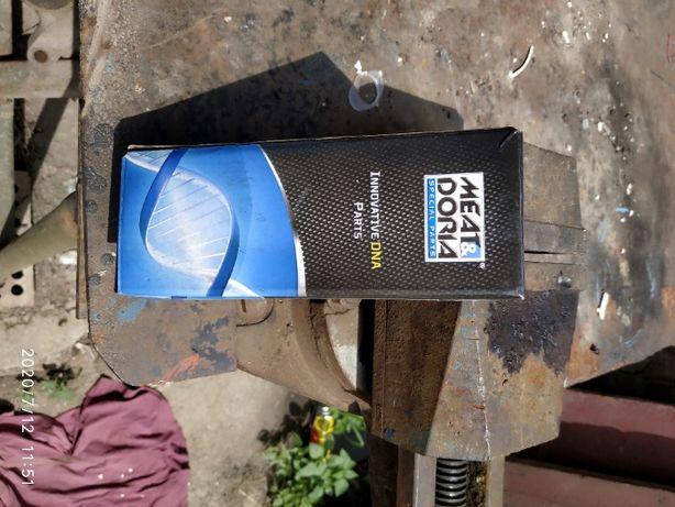 Насос топливный MD76041