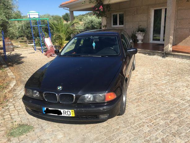 Vende-se BMW 525TDS e39