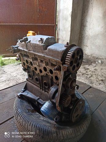 Двигатель  с ваз 2108