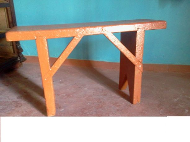 лавочка деревянная