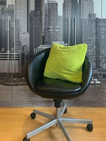 Poduszka dekoracyjna (futrzana, zielona)