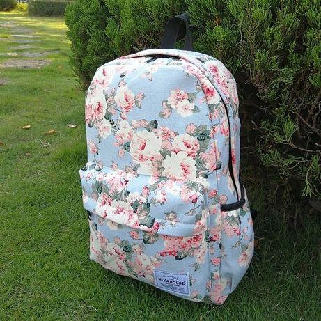 Рюкзак в цветочек голубой. Рюкзак с цветами для девочек.