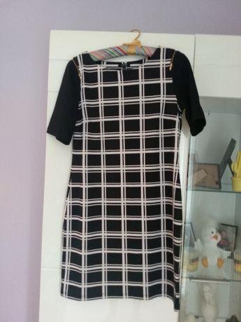 Sukienka w kratkę rozmiar M
