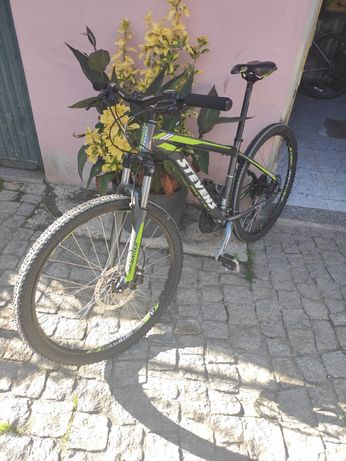 Bicicleta Stevens Roda 27.5