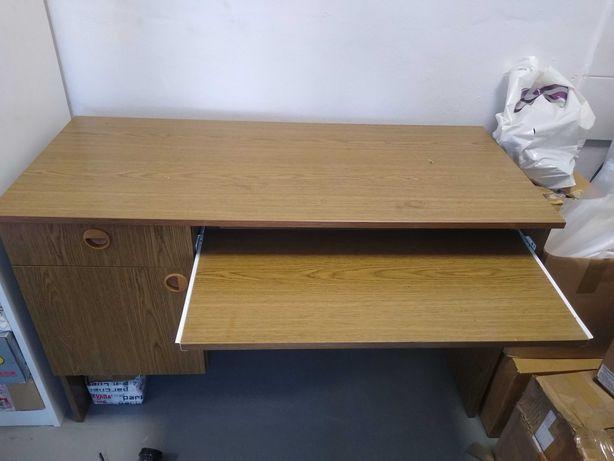 Biurko komputerowe do nauki