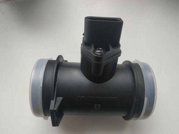 Продам GROUP DB Pасходомер воздуха M111 OM611 W202/210/638Vito.Новый