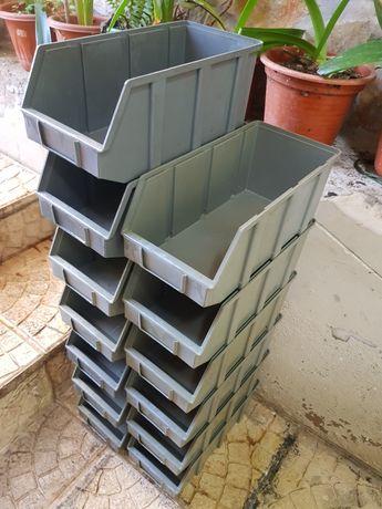 Caixa PVC cinza SUC Modelo B