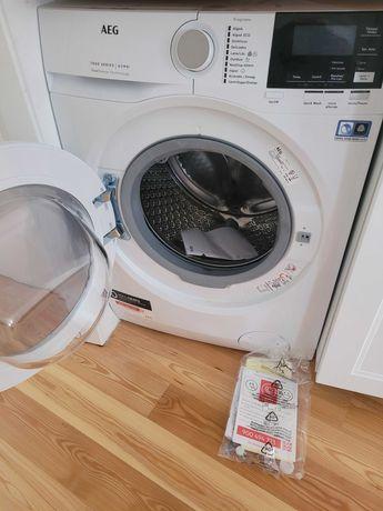 Maquina AEG 8kg Branco / Lavar e secar / A ESTRENAR !.